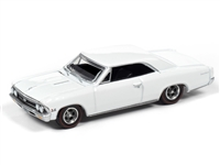 1966 Chevrolet Chevelle SS in Gloss White