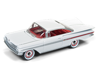 1959 CHEVY IMPALA IN SNOWCREST WHITE