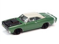 1969 1/2 Dodge Coronet A12 Super Bee in F6 Green Poly with Gloss White Roof Johnny Lightning Muscle Cars 2021 Release 1A