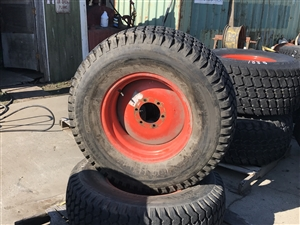 Kubota Rim 32480-27950 and 41x14.00-20 Tire