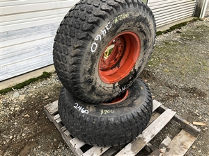 "33 x 12.5-15 Turf Tire with 15"" 8 Lug Rim"