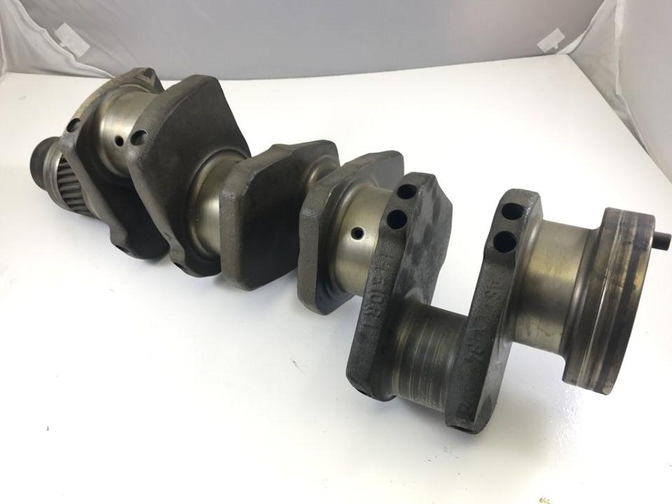 3055782R92, Used International 484 Crankshaft