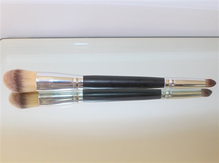 DOUBLE ENDED BLEND BRUSH