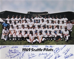 1969 SEATTLE PILOTS TEAM SIGNED 16X20 PHOTO W/ 22 SIGS - BREWERS