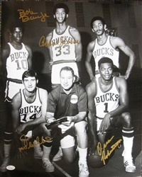 1971 MILW BUCKS SIGNED 11x14 PHOTO ABDUL-JABBAR, ROBERTSON +