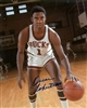 OSCAR ROBERTSON SIGNED 8X10 BUCKS PHOTO #4