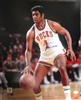 OSCAR ROBERTSON SIGNED 16X20 BUCKS PHOTO #1 - JSA