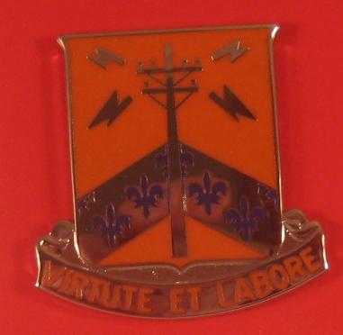 302 Signal Bn Unit Crest Virtute Et Labore