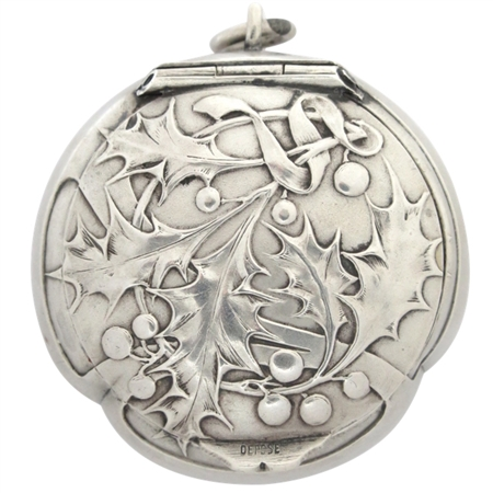 Sterling Silver Art Nouveau (circa 1900) Patch Box with Embossed Holly and Berries