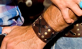 "1 3/4"" Brown Leather ""X"" Weave Cuff"