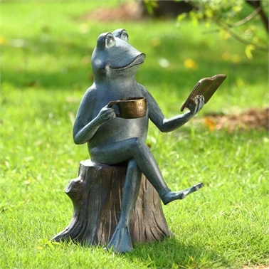 Joy of Reading Garden Sculpture (Frog) Lawn and Yard Decorations