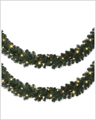 18 Foot Unlit Mountain Mixed Pine Wreaths and Garlands