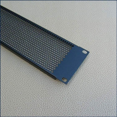 Rack filler panels -vented