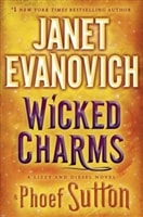 Wicked Charms by Janet Evanovich and Phoef Sutton