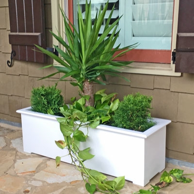 "42"" Cunningham Decorative White Plastic Planter"