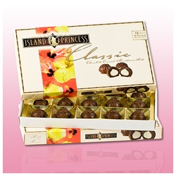 Classic Chocolate Covered Macadamia Nuts Gift Box