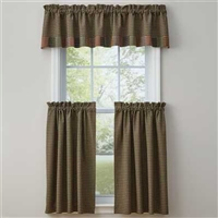 Pieced Star Lined Border Valance