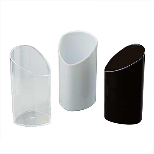 White Plastic Triangular Glass for Catering