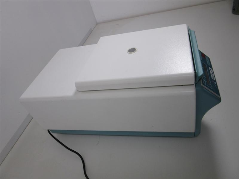 Hettich Mikro 22R Refrigerated Centrifuge