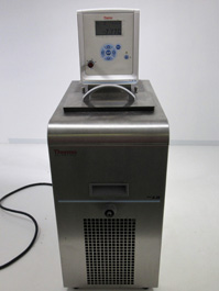Thermo Scientific Arctic A28/AC100 Recirculating Chiller