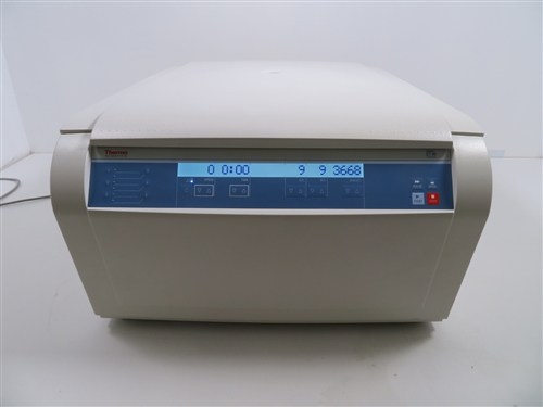 Thermo Scientific ST40 Centrifuge w/ MTP Buckets