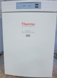 Thermo Forma 3110 CO2 Water Jacketed Incubator
