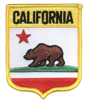 1202 - CALIFORNIA medium flag shield uniform or souvenir embroidered patch