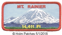MT. RAINIER souvenir embroidered patch.