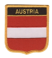 6051 - AUSTRIA medium flag shield souvenir embroidered patch