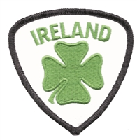 6403B - IRELAND 4 leaf clover/shamrock shield souvenir embroidered patch