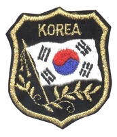 6462 - KOREA mylar flag shield souvenir embroidered patch
