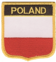 6611 - POLAND medium flag shield souvenir embroidered patch