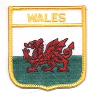 7011 - WALES medium flag shield souvenir embroidered patch