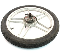 "puch USED 16"" front five star mag wheel - white"