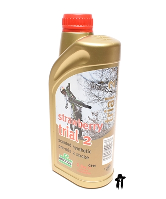 rock oil STRAWBERRY trial 2 two stroke oil - 1 liter
