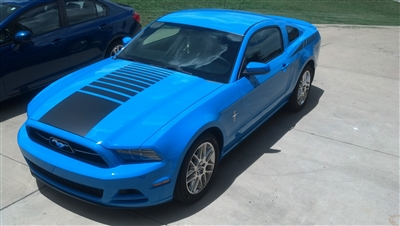 Blue Mustang w/ Black Fading Center Hood Stripe