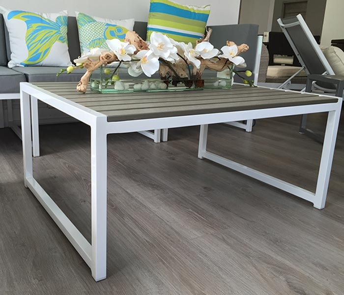 Anacapri White Aluminum And Faux Wood Modern Outdoor Coffee Table Large Outlet Final As Is
