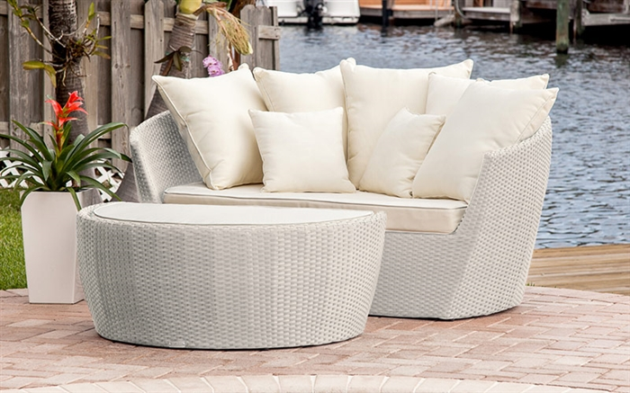 Relax in style with this fabulous outdoor sun lounger with ottoman and all the cushion you need to be comfortable.