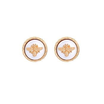 Bee on Mother of Pearl Circular Earrings in Gold - LE517G