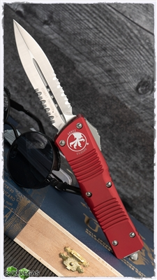 Microtech Combat Troodon D/E 142-5RD Satin Serrated blade Red Handle