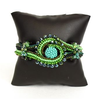 Crystal Knot Bracelet - #109 Green, Double Magnetic Clasp!