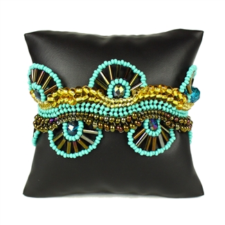 Wagon Wheel Bracelet - #132 Turquoise and Gold, Magnetic Clasp!