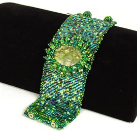 Cabochon with Crystals Bracelet - #109 Green, Double Magnetic Clasp!