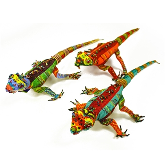 "Iguana Figurine - 16"" Head to Tail"
