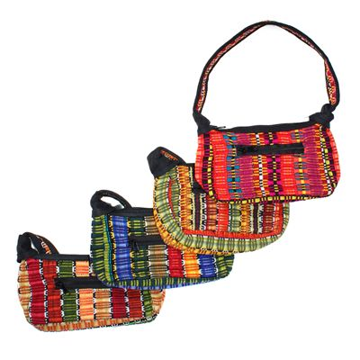 Amazing Weave Small Canoe Bag