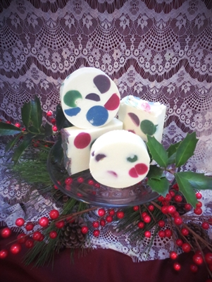 Snowberries 'n Wintertime - Unisex Body Soap