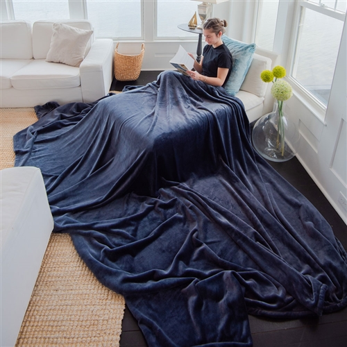 Softest oversized and big blankets made in America from Luster Loft fleece.