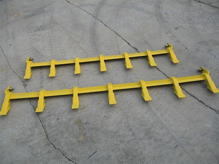 Skid Steer Bucket >> Construction Attachments XTreme Duty Bolt on Tooth Bar for Tractor Loader and Skid Steer Loader ...