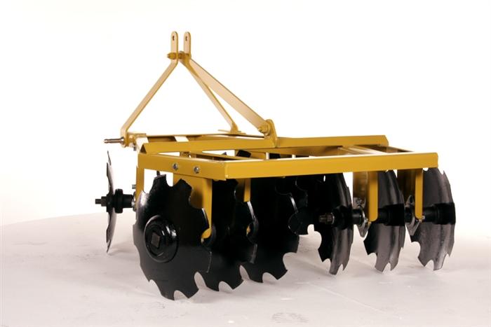 48 Disc Harrow : Xtreme duty quot width compact tractor angle iron disc harrow