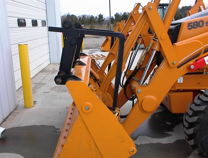 Sh Sm in addition Gritter Spreader Hs Ride On Side furthermore Rb Sm moreover D Case Three Point Hitch Unimog Img moreover Manitou Adapter. on tractor quick hitches